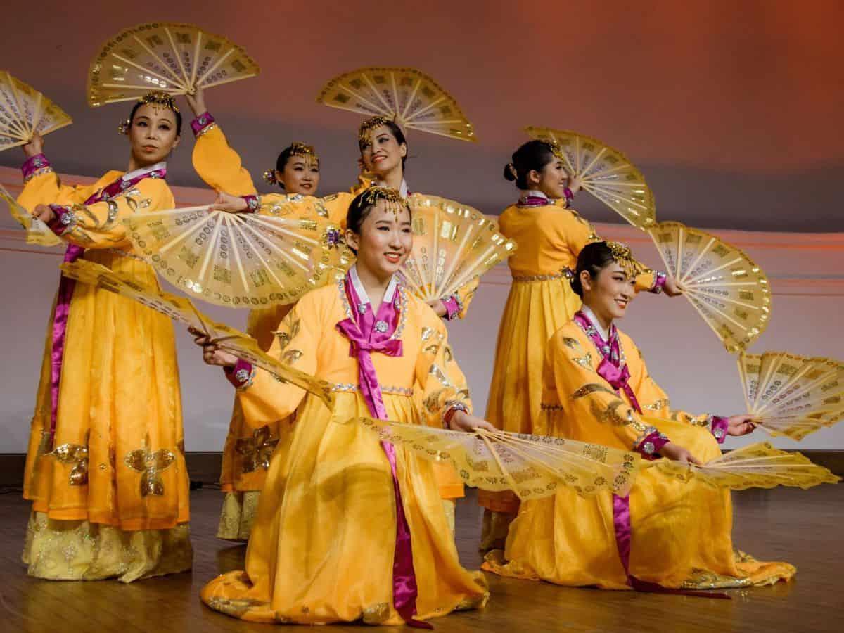 chinese folk dans